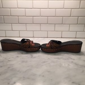 Donald J. Pliner Shoes - Donald J. Pliner Sienna Wedges EUC